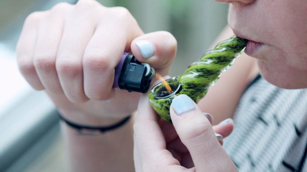 Pacjenci mogą już legalnie palić marihuanę na Florydzie, TanieSianie, Tanie Sianie